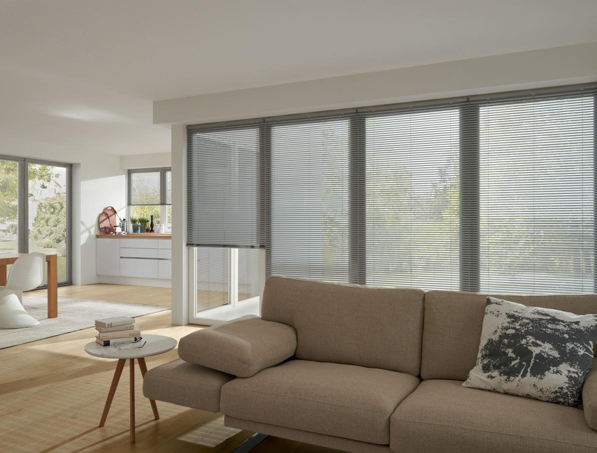 innenliegender sonnenschutz rollladen m hren aus m nchengladbach. Black Bedroom Furniture Sets. Home Design Ideas